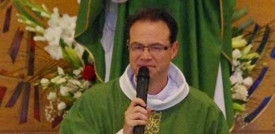 Le curé, Père Emmanuel Végnant